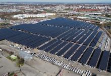 Во Франции огромную автостоянку превратили в солнечную электростанцию мощностью 16,3 МВт