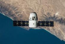 SpaceX начинает создание глобальной сети интернет-спутников опережая график