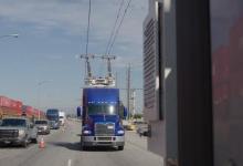 Siemens открыла шоссе с троллеями для электрогрузовиков в Калифорнии