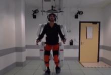 Экзоскелет, контролируемый интерфейсом мозг-компьютер, позволил пройтись полностью парализованному человеку (видео)