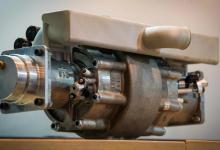 Однопоршневой ДВС на водородном топливе создала Aquarius Engines