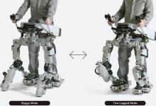 Экзоскелет Koma 1.5 может ездить по ровным площадкам и ходить по лестницам