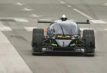 Автономный электроболид сразился в гонке с профессиональным пилотом