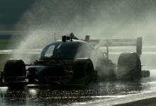 Первая гонка беспилотных электрокаров Roborace закончилась аварией