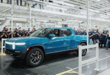 Электропикап Rivian R1T встал на конвейер, опередив модели GM, Ford и Tesla