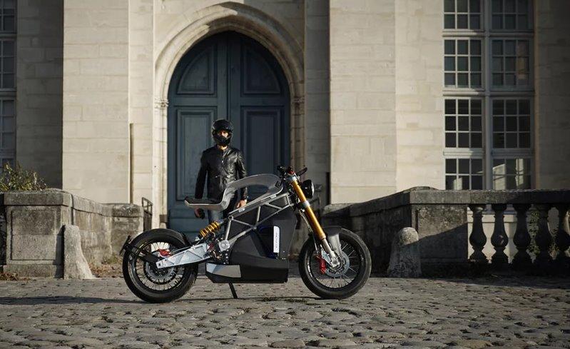 Мощный электрический мотоцикл