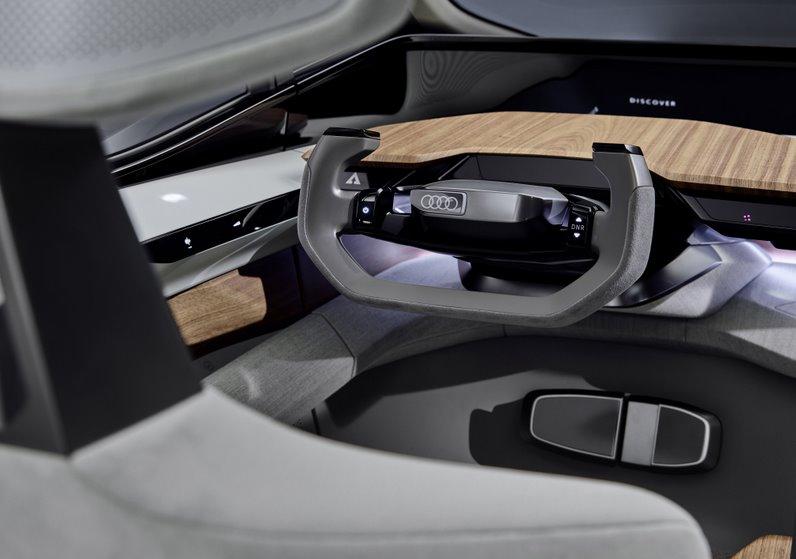 Автономный электрический автомобиль для каршеринга