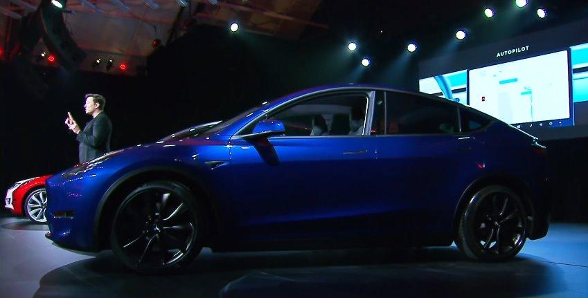 Tesla model y цена