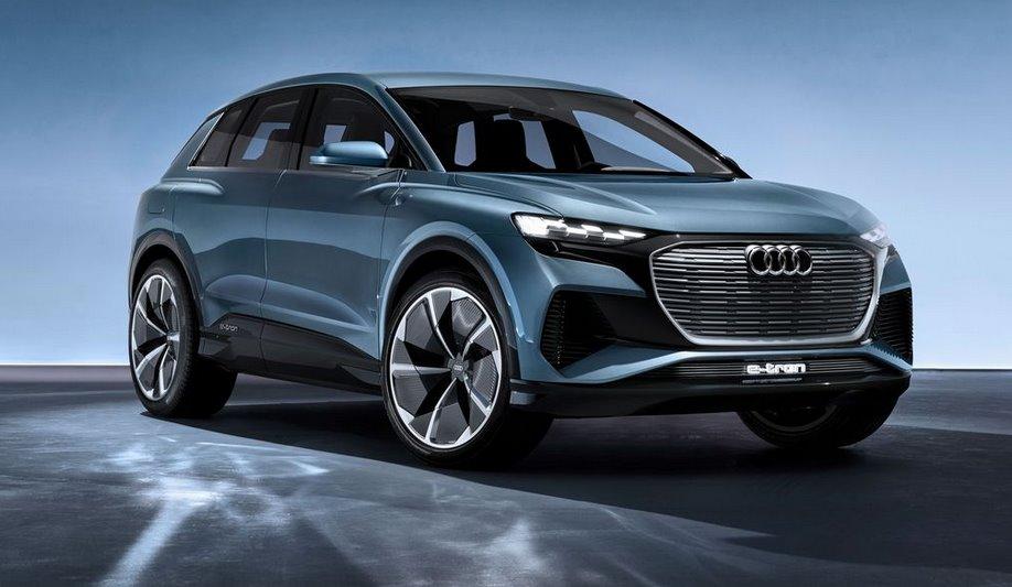 Audi e-tron 2021 в 2 раза более мощное зарядное устройство, новый руль и 22-дюймовые колеса