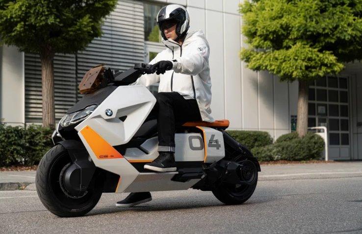 Электроскутер BMW Motorrad Definition CE 04 готовится в серию (видео)