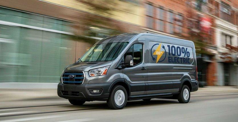 Объявлены цены на электрофургоны Ford E-Transit