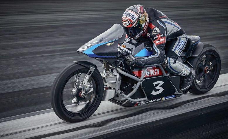 Самый быстрый в мире электромотоцикл - Voxan Wattman - установил 11 рекордов
