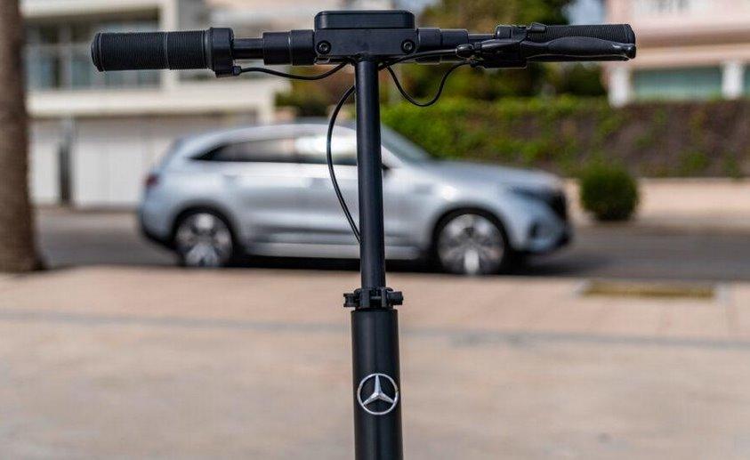 Mercedes-Benz электросамокат eScooter