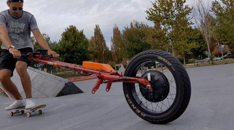 Тяговое мотор-колесо для роллеров