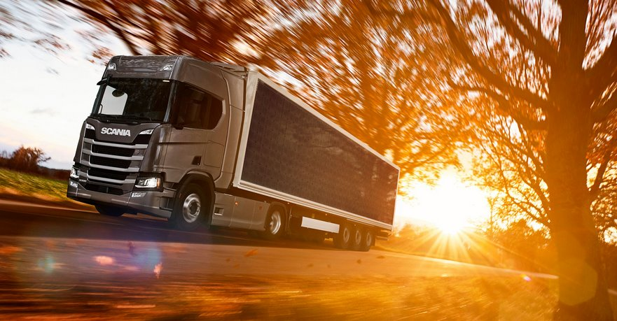 Солнечный полуприцеп Scania позволит сэкономить до 20 топлива грузовиков