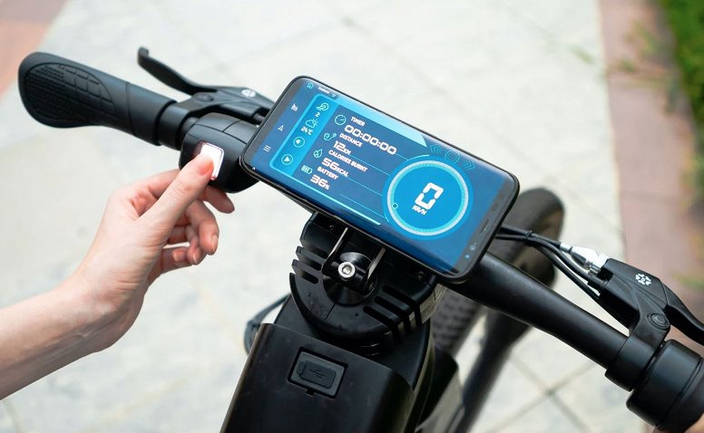 Смартфон для управления велосипедом