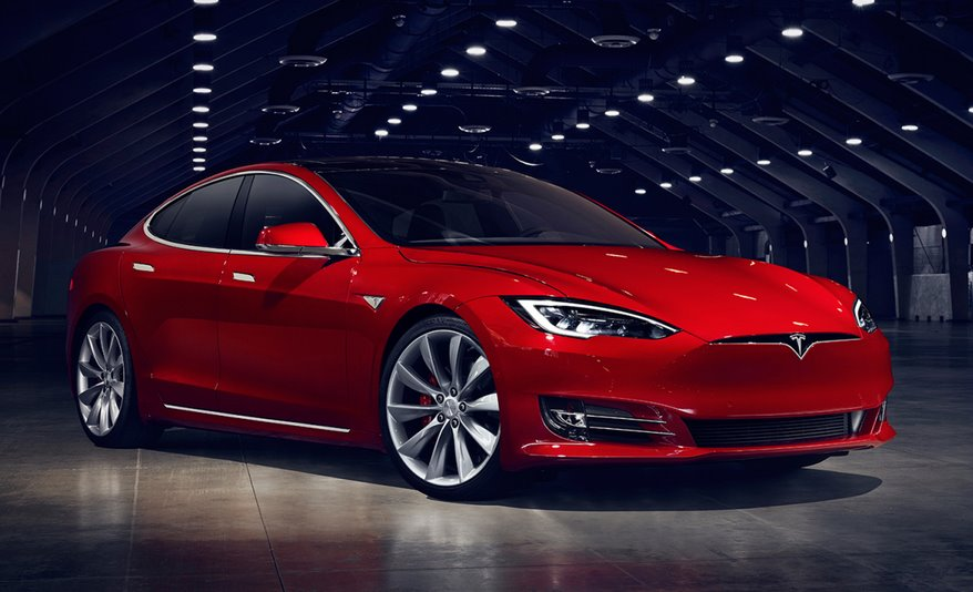 Электромобиль Tesla Model S Plaid