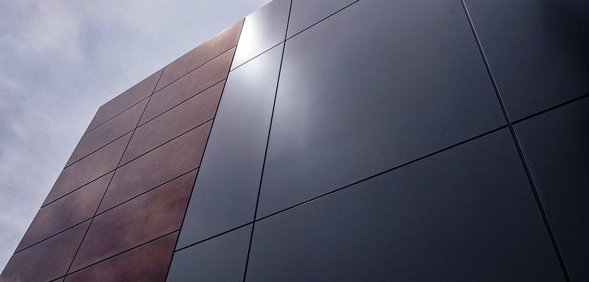 Вентилируемые фасады из солнечных батарей с КПД 18 уже доступны в Канаде