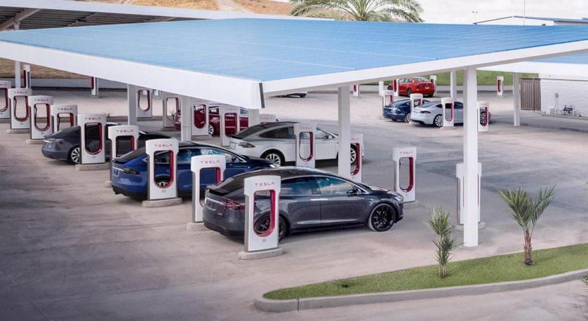 Самая большая в мире зарядная станция Tesla Supercharger строится в Калифорнии