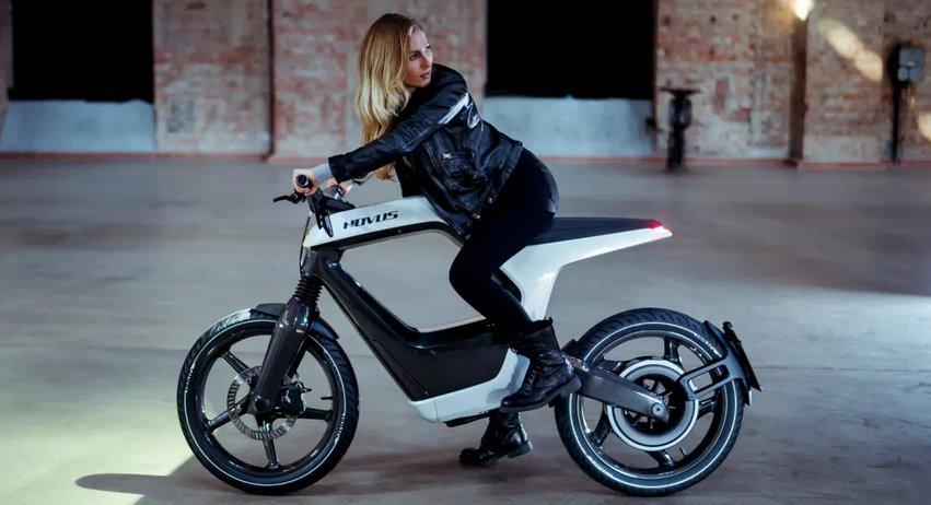 Электромотоцикл Novus получил обновление и прибавил в цене