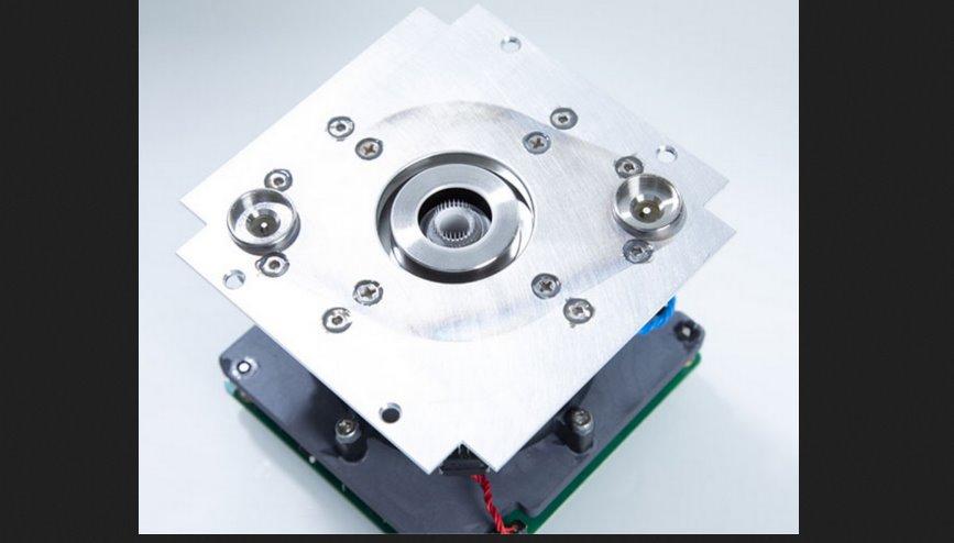 Миниатюрный ионный двигатель для спутников