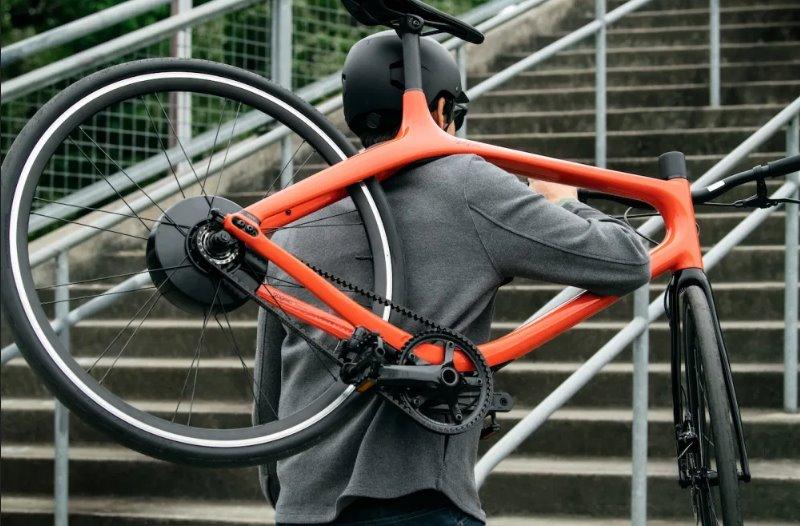 Легкий элктровелосипед из углеволокна