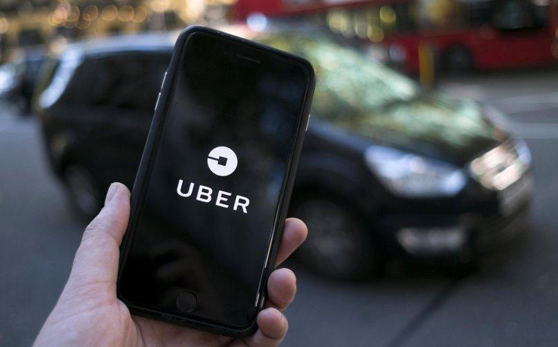 Uber к 2030 году полностью перейдет на электромобили