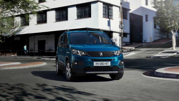 Peugeot представила електричний вен e-Rifter (пасажирську версію e-Partner)