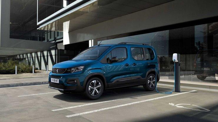 Peugeot представила электрический вэн e-Rifter (пассажирскую версию e-Partner)