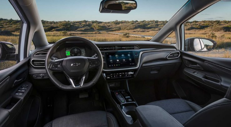 Chevrolet Bolt 2022 - електромобіль оновився і отримав кроссоверним версію