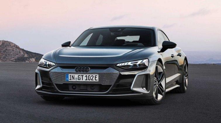 Audi представила E-Tron GT Quattro, отличия нового электромобиля от Porsche Taycan