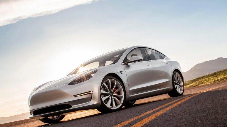 Tesla Model 3 - самый продаваемый электромобиль