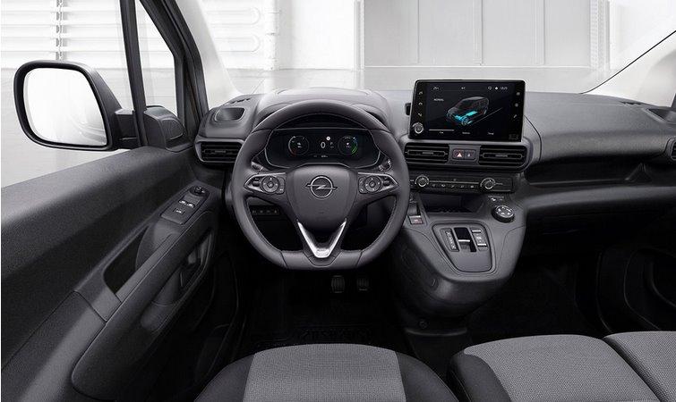 Інтер'єр Opel Combo-e