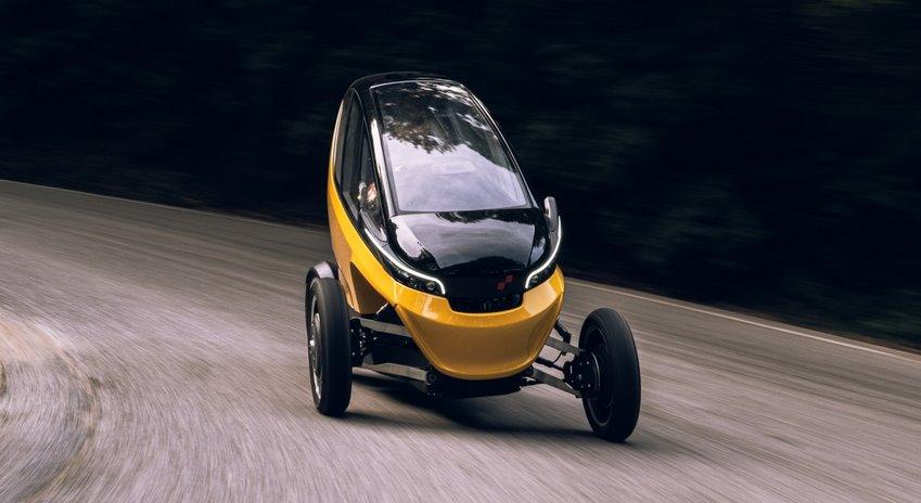 Городской мини-электромобиль