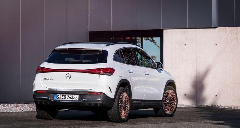 Електромобіль Mercedes-Benz EQA