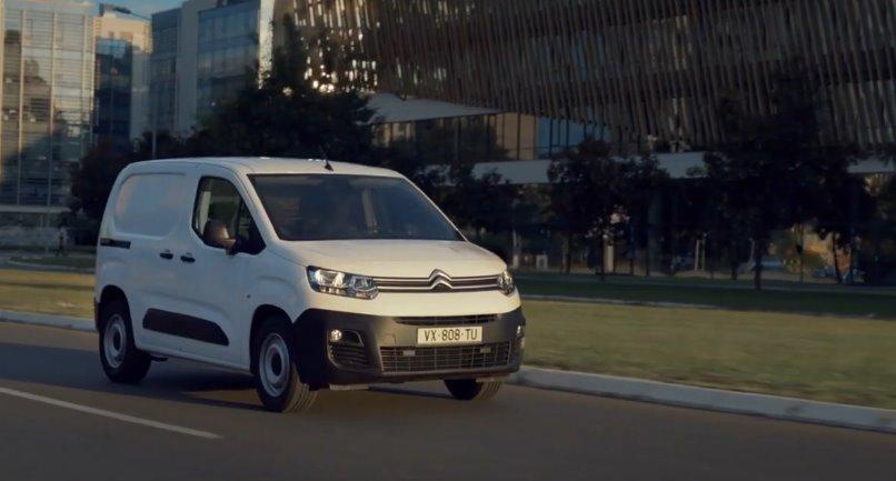 Citron -Berlingo 2021  электрический фургон нового поколения