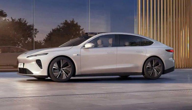 Новый электромобиль Нио