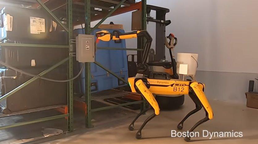 Новая модель робо-собаки Spot