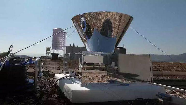 Солнечный конденсатор наоборот добывает воду из воздуха