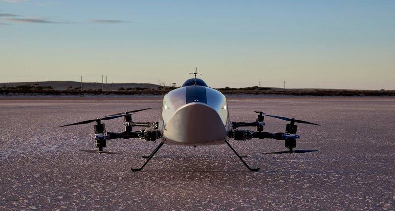 Спортивный летающий электромобиль