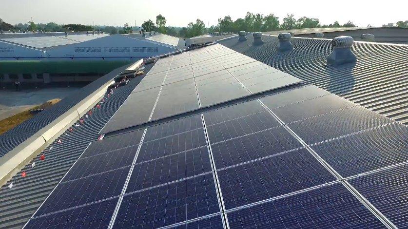 Солнечная электростанция с гравитационным накопителем энергии