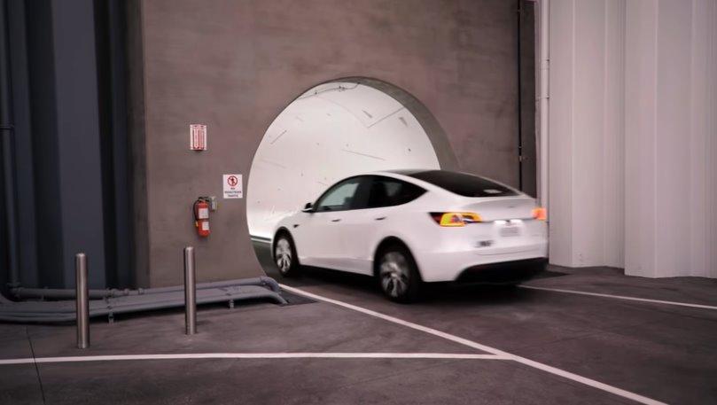 Cкоростной авто-туннель Илона Маска заработал полным ходом