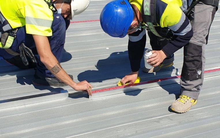 Адгезивное крепление для солнечных панелей (без метизов и сверления крыши)