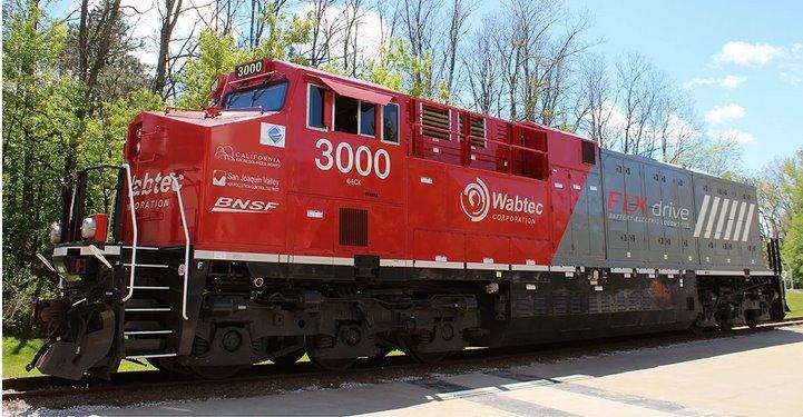 Первый в мире тяжелый электровоз на аккумуляторах протестировала Wabtec