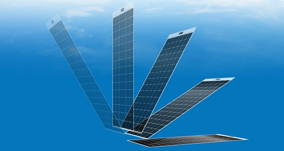Тонкая солнечная панель-наклейка на крышу или фасад