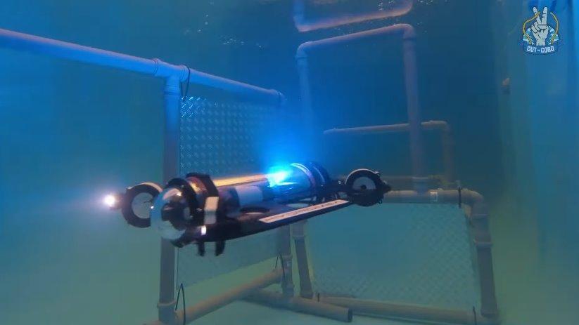 Беспроводной подводный дрон