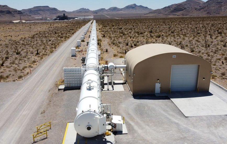 Потяги Hyperloop зі швидкістю 1200 км / год запустять до 2027 року