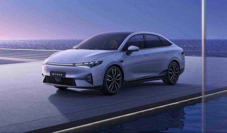 Xpeng P5 - первый в мире серийный электромобиль с лидарами