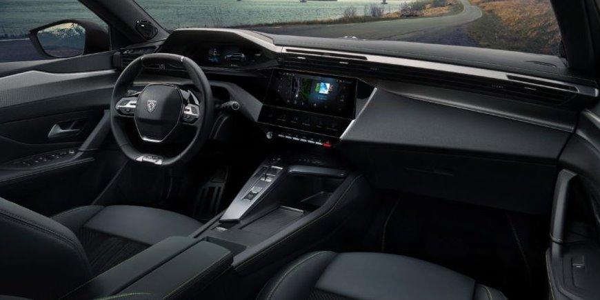 Интерьер нового Peugeot 308