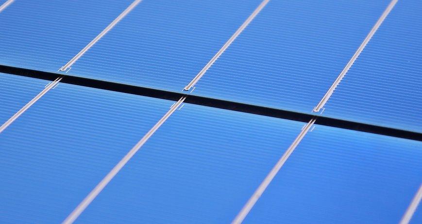 Европейские безрамные солнечные панели оказались на 40 экологичнее китайских